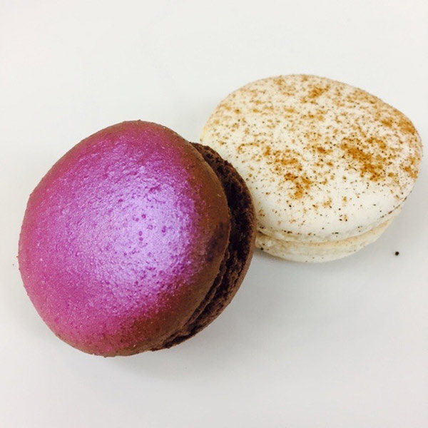 Modern Sweets - French Macarons
